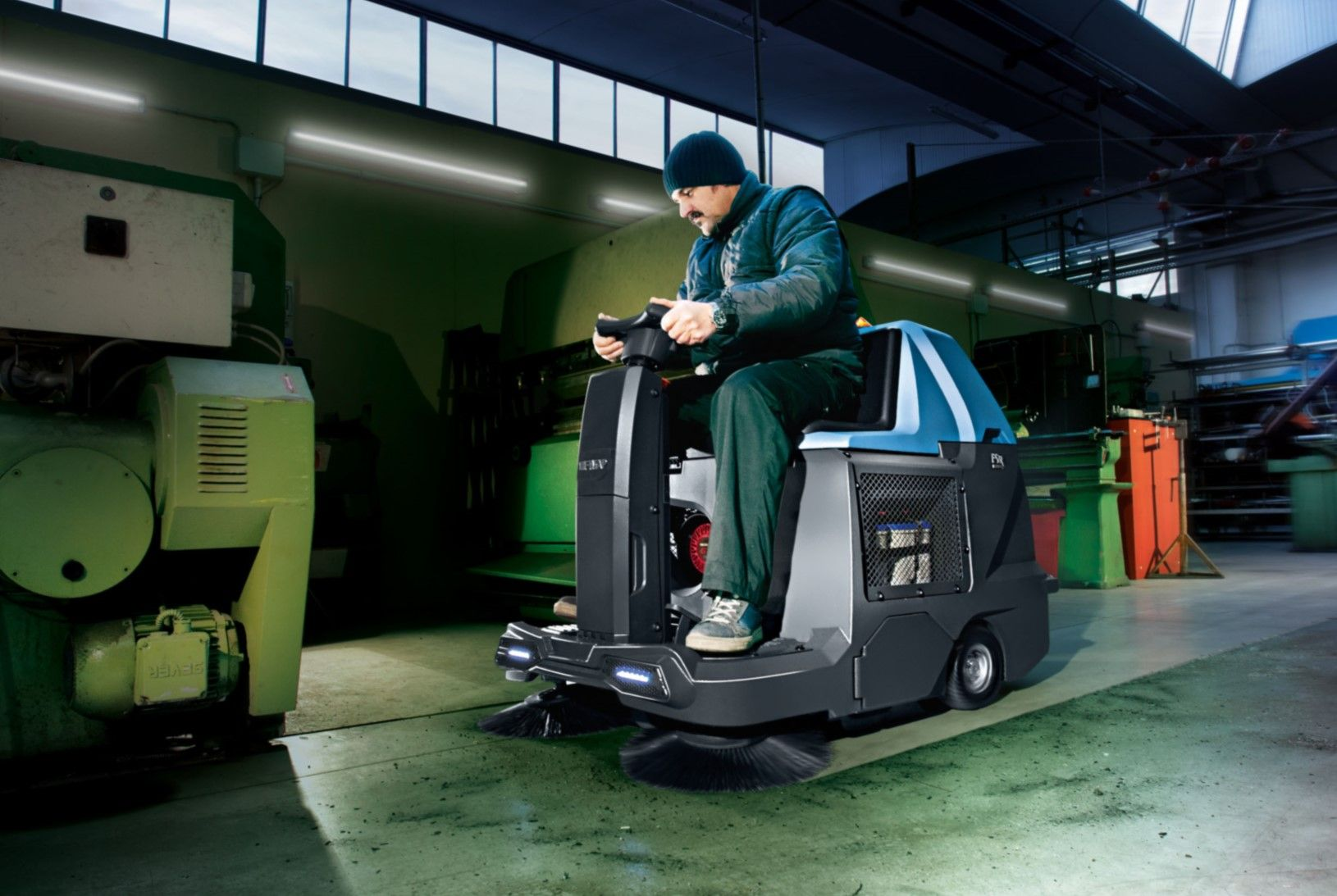 FIMAP FSR COMPACT RIDE ON SWEEPER HIRE
