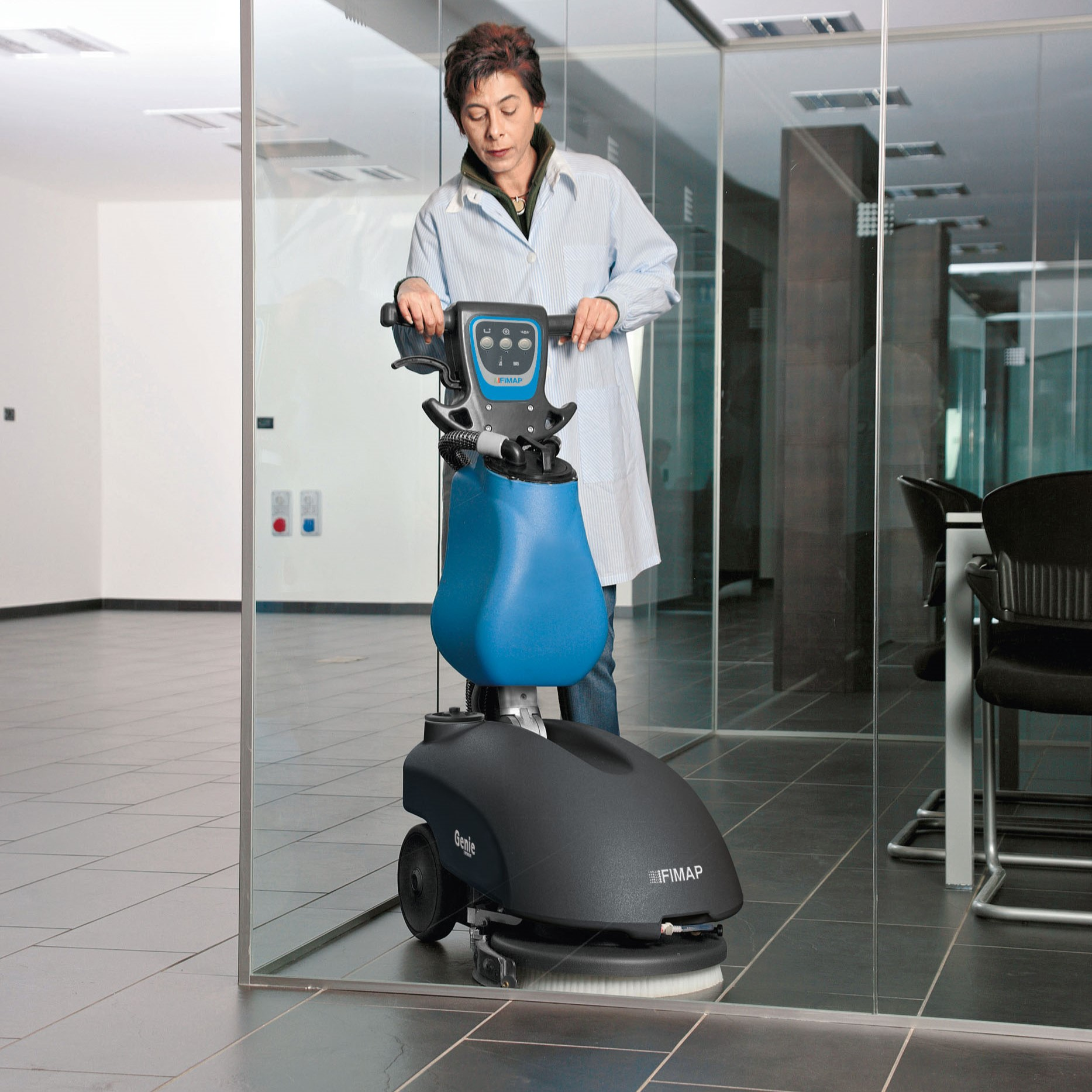 GENIE B Walk-Behind Scrubber Dryer